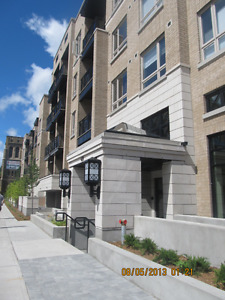 Downtown Studio For Rent in good condition from Apr/May - $950