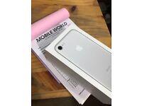 Iphone 7 Silver 32gb brandnew 12 month Apple warranty