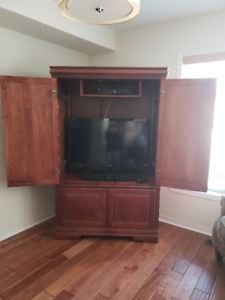 Armoire TV Entertainment Cabinet