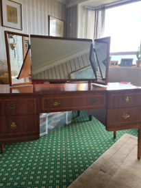 Beithcraft dressing table