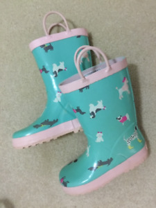 Carter's Kid's Size 12 Blue and Pink Puppy Rain Boots