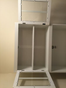 Free standing kitchen cabinet - perfect condition!
