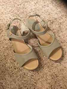 Wedge sandal Size 11