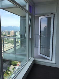 METROTOWN 1 BEDROOM SUITE, 6538 Nelson Ave