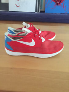 BRAND NEW Nike Solarsoft Moccasin