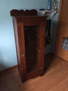Buy Or Sell Hutchs Amp Display Cabinets In Grande Prairie