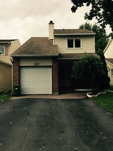Beautiful Detached for Rent in Orleans, Close to all Amenities!