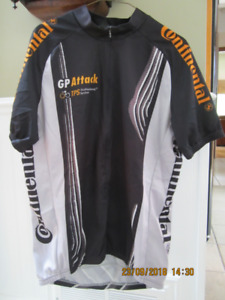 Cycle Jersey Shirt by Cuore, Size XL