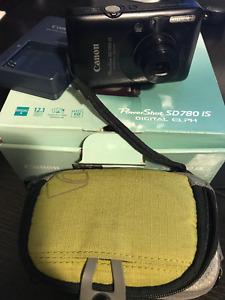 Canon PowerShot SD780is Digital Elph Camera