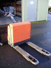 Pallet Truck (electric)