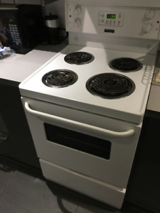 Frigidaire Electric Stove/Oven for sale