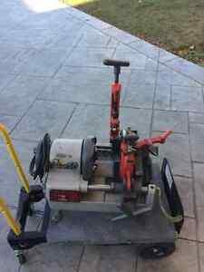 Gas Fitter Steel-Pipe Threader