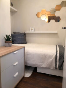 Furnished Den Bedroom and Private Living Area - Yaletown - Sep 1