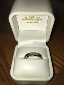 Men's ring/band 10k GOLD 3 DIAMONDS