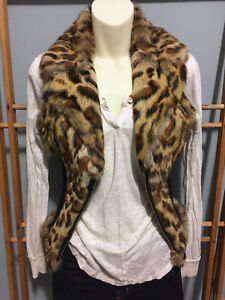GUESS Leopard Genuine Real RABBIT FUR VEST w/ Leather, Size S London Ontario image 1