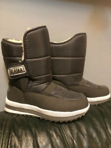 Alaska winter shearing waterproof snow boots (unisex)Size 42