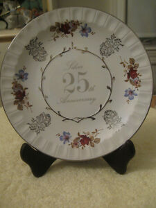 "GORGEOUS OLD VINTAGE 8-in.""25th SILVER ANNIVERSARY"" WALL PLATE"