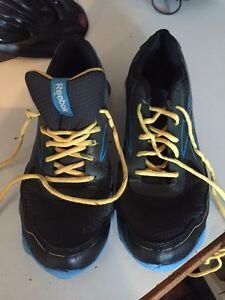 Reebok Size 6 Shoes