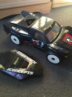 Traxxas slash 4WD hopped up roller and parts,
