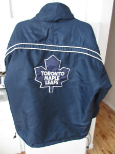 Jacket Medium Starter Toronto Maple Leafs TML Pick up only.