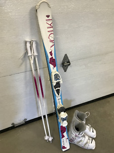 Ensemble de skis alpins junior Volkl de 120cm
