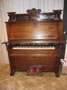 Antique Karn Pump Organ - from early 1900's - Make Offers