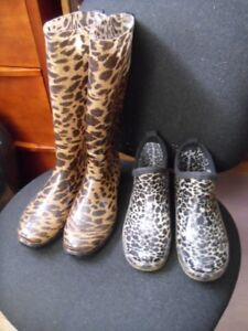 2 pairs of ladies rubber boots- size 8