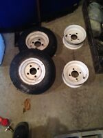 Trailer tires and rims / Pneus et Rims de remorque