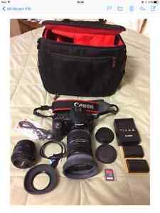 Canon 60D - in mint condition with extras