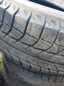LIKE NEW! 225/65/R17 MICHLEIN XICE WINTER TIRES