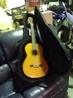 Yamaha guitar with case!!n electronic tuner