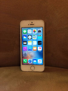 iPhone 5S 16GB w/ Otterbox Case