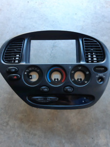 Toyota Tundra centre dash panel