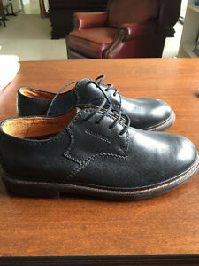 Wolverine Mans Shoes (New)