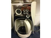 Coffee maker and sandwich maker