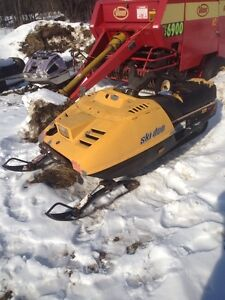 WANTED Skidoo Safari 377 Part Out 4471 kms