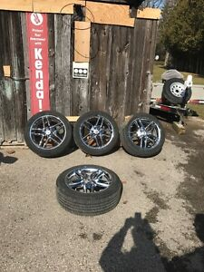 """Full set of Ford Chrome Wheels, monitors and 245/50x20"""" Tires"""