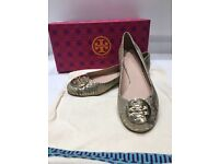 TORY BURCH COURTS SHOES.