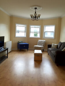 MIN TO UNIVERSITY - FURNISHED ROOM, QUIET & CLEAN, 5 APPLIANCES