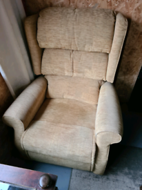 Electric Recliner arm chair .