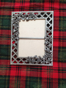 HIGH QUALITY WROUGHT-IRON PHOTO FRAMES