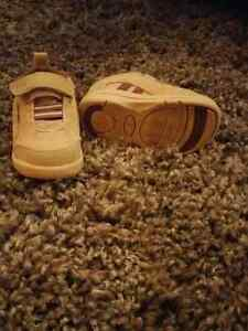 Dr. Scholl's infant shoes size 4 Kitchener / Waterloo Kitchener Area image 2