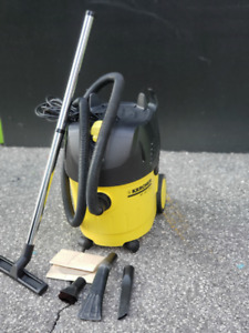 KARCHER WET/DRY VACCUM FOR SALE.