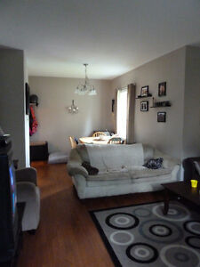 Cobourg--Two bedroodm Semi-duplex