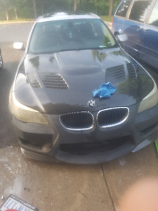 2006 BMW 530I Carbon Hood And Carbon Truck
