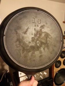 "12"" Lodge 10 SK USA D 3-notch cast iron skillet. Unused"