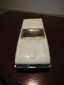 Vintage 1960 Ford Falcon Dealer Promotional Model Car London Ontario image 5