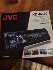 NEW - JVC KD-R640 CD Receiver Made for iPod/ iPh (SiriusXMReady)