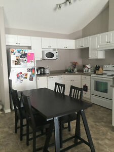 FULLY FURNISHED Condo for Rent, 20 min train to U of A, NAIT...