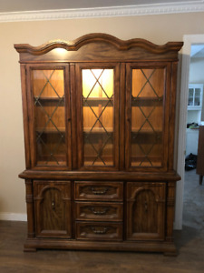 Bahuts & Buffets &Vaisseliers - Credenza-Hutch-Buffet for Dinin